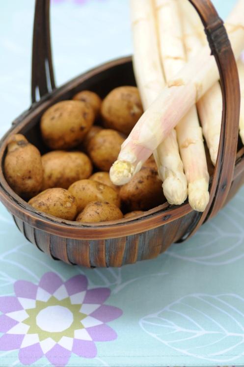 asparges og kartofler