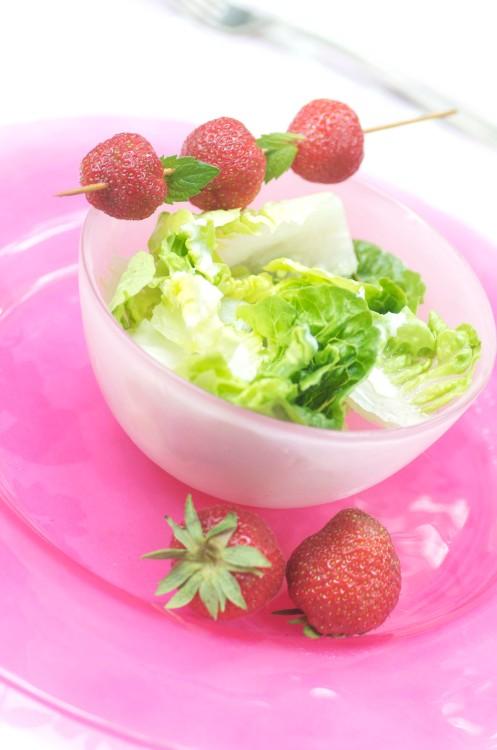 grøn salat m.jordbær.2
