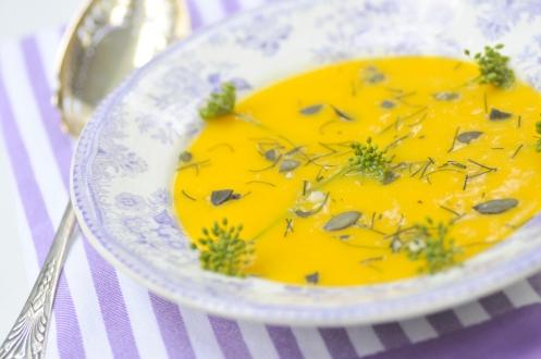 græskarsuppe med dildkroner
