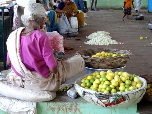 limefrugter.kvinde med