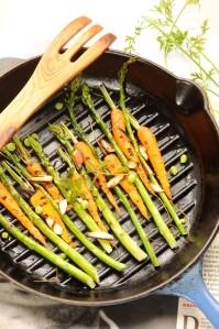 asparges gulerod grillet