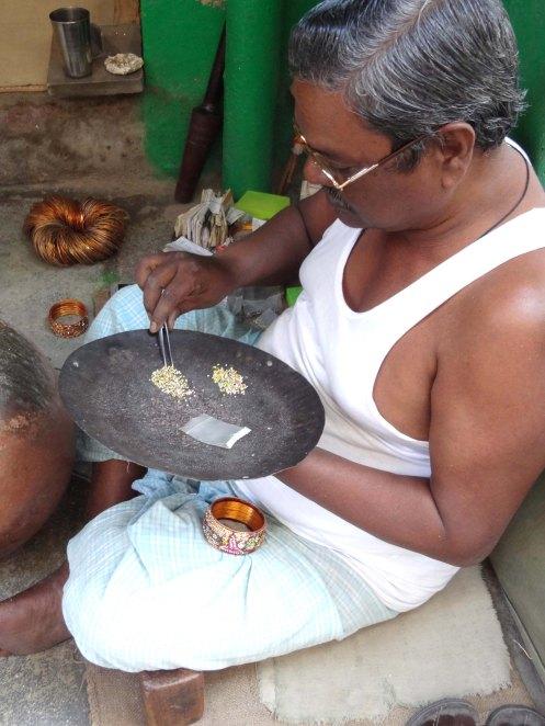 Hyderabad.mand lav armb