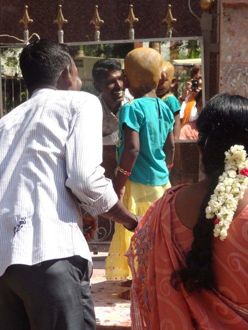 Madurai.barn u hår